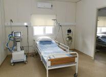 Le président Ilham Aliyev visite un hôpital modulaire à Chéki - Gallery Thumbnail