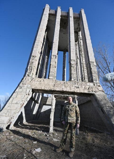 Le président Ilham Aliyev a posé la première pierre de la route Fuzouli-Choucha et d'un aéroport dans la région de Fuzouli, effectué une visite à Choucha - Gallery Image